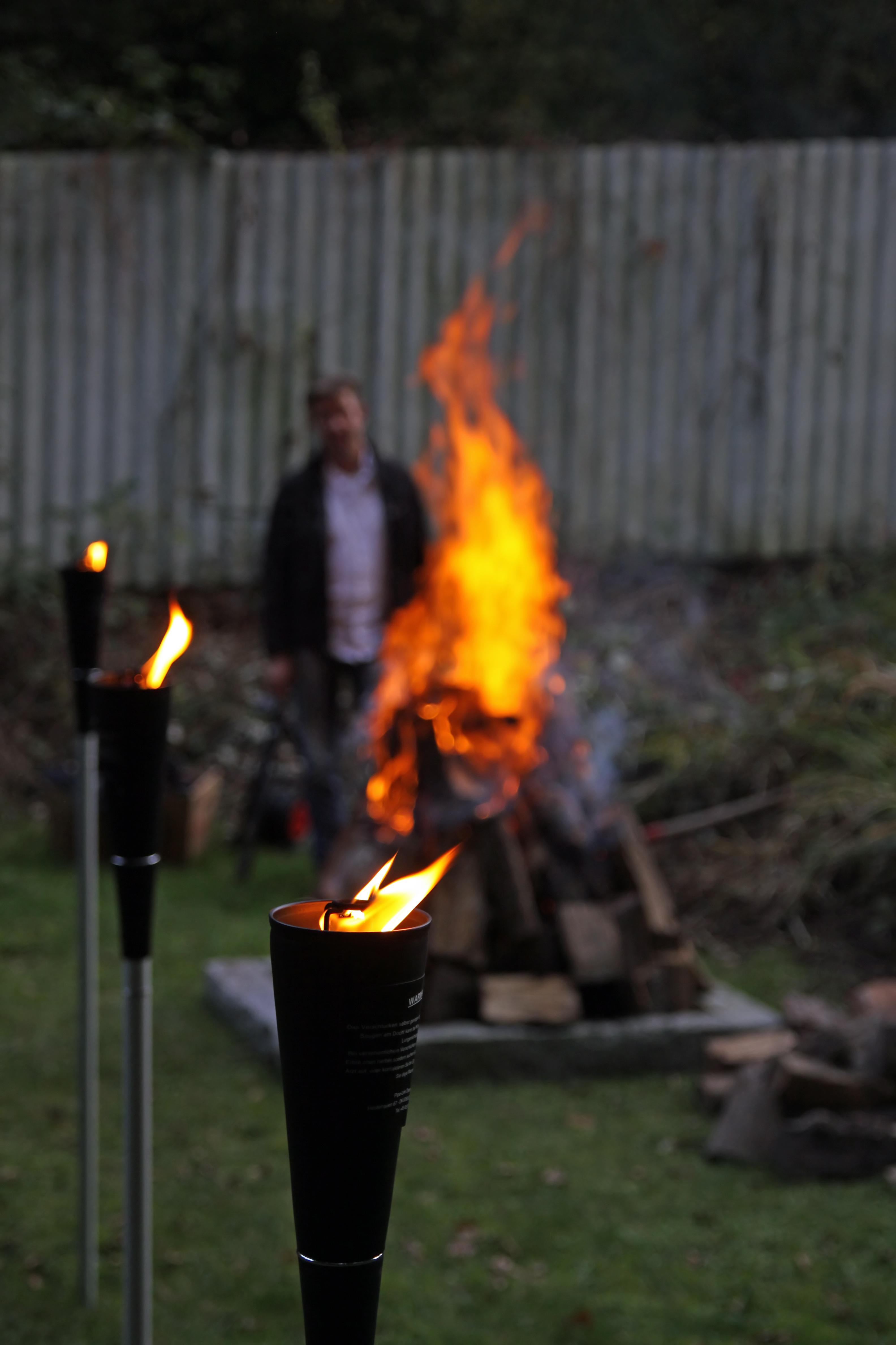 Feuerlauf Vorbereitungen