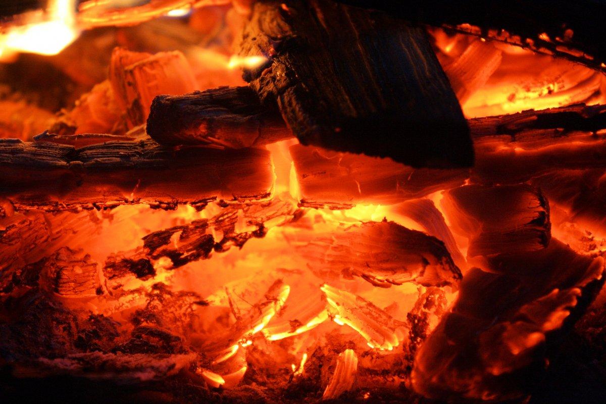 Der Feuerlauf – Eine Erfahrungsgeschichte